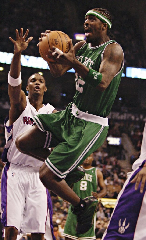 pick up ba484 add18 Red Claws claim former Celt Davis to improve roster ...