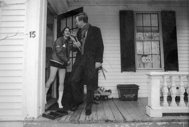 """JAN. 18, 1995: Newly elected Gov. Angus King bids goodbye to his wife, Mary Herman, as he departs his Brunswick home bound for Augusta. Colby College government professor Sandy Maisel, a Democrat, says King stepped into the role at the right time. """"There was a great deal of dissatisfaction with government and partisanship, and Angus then and now had a nonconfrontational nature that was appealing and what the state was looking for,"""" Maisel says."""