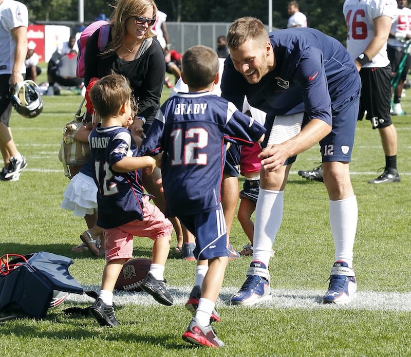 Brady practices, shows no ill effects - Portland Press Herald