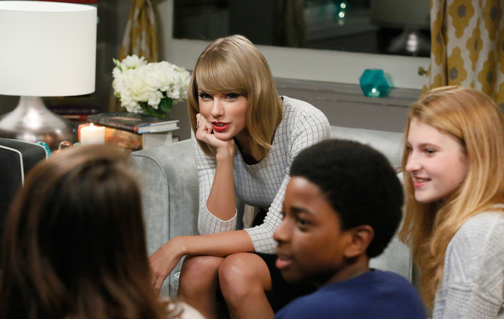 Singer Taylor Swift meets Tuesday with public school pupils in New York City.