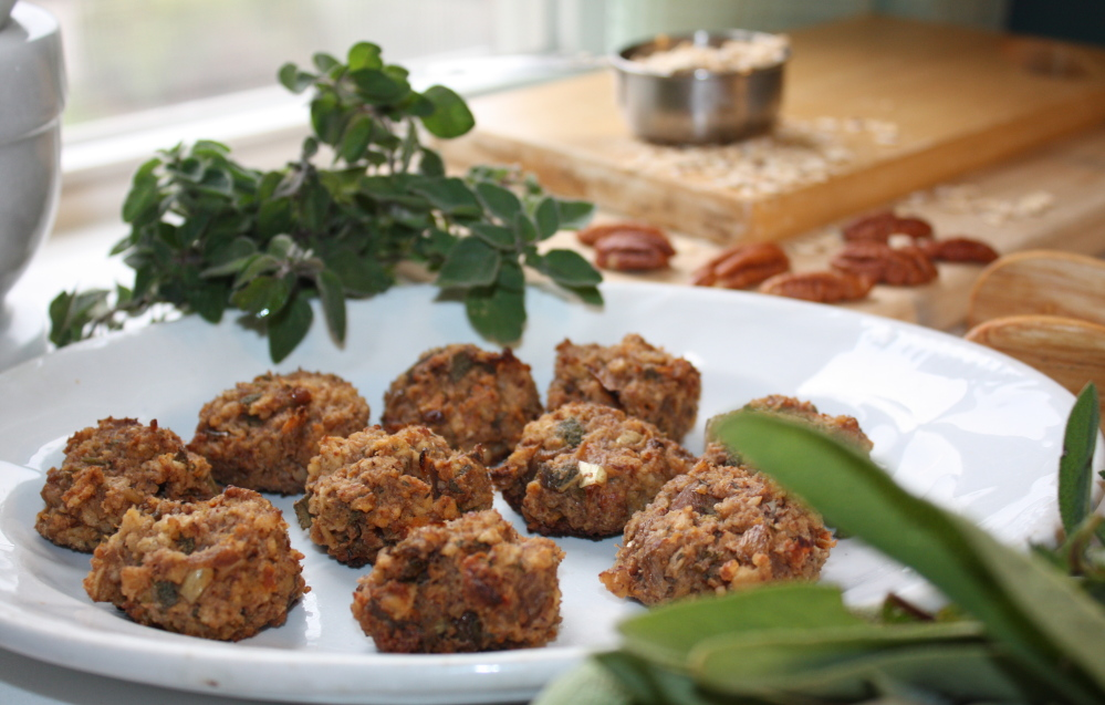 Both vegan and gluten-free, these Pecan-Oatmeal Stuffing Bites provide a hearty entrée around which all the traditional Thanksgiving sides can coalesce. You can also serve them as a totally plant-based holiday appetizer, paired with a bowl of vegan gravy for dipping.