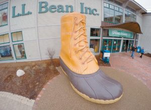 L.L. BEAN'S FREEPORT STORE as seen Wednesday. The outdoors specialty retailer experienced flat sales growth for the past year, a period in which many major retailers dealt with a slowdown in sales, officials said.