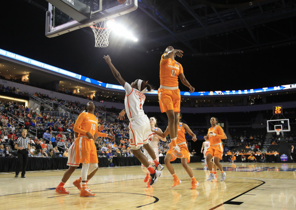 NCAA Women: Syracuse Tops Tennessee To Reach Final Four