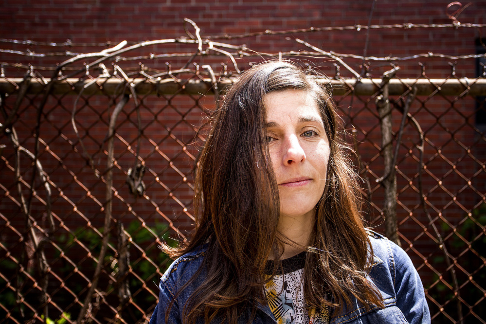 Caroline Losneck produces radio pieces for Marketplace and MPBN in radio and makes documentary installations.