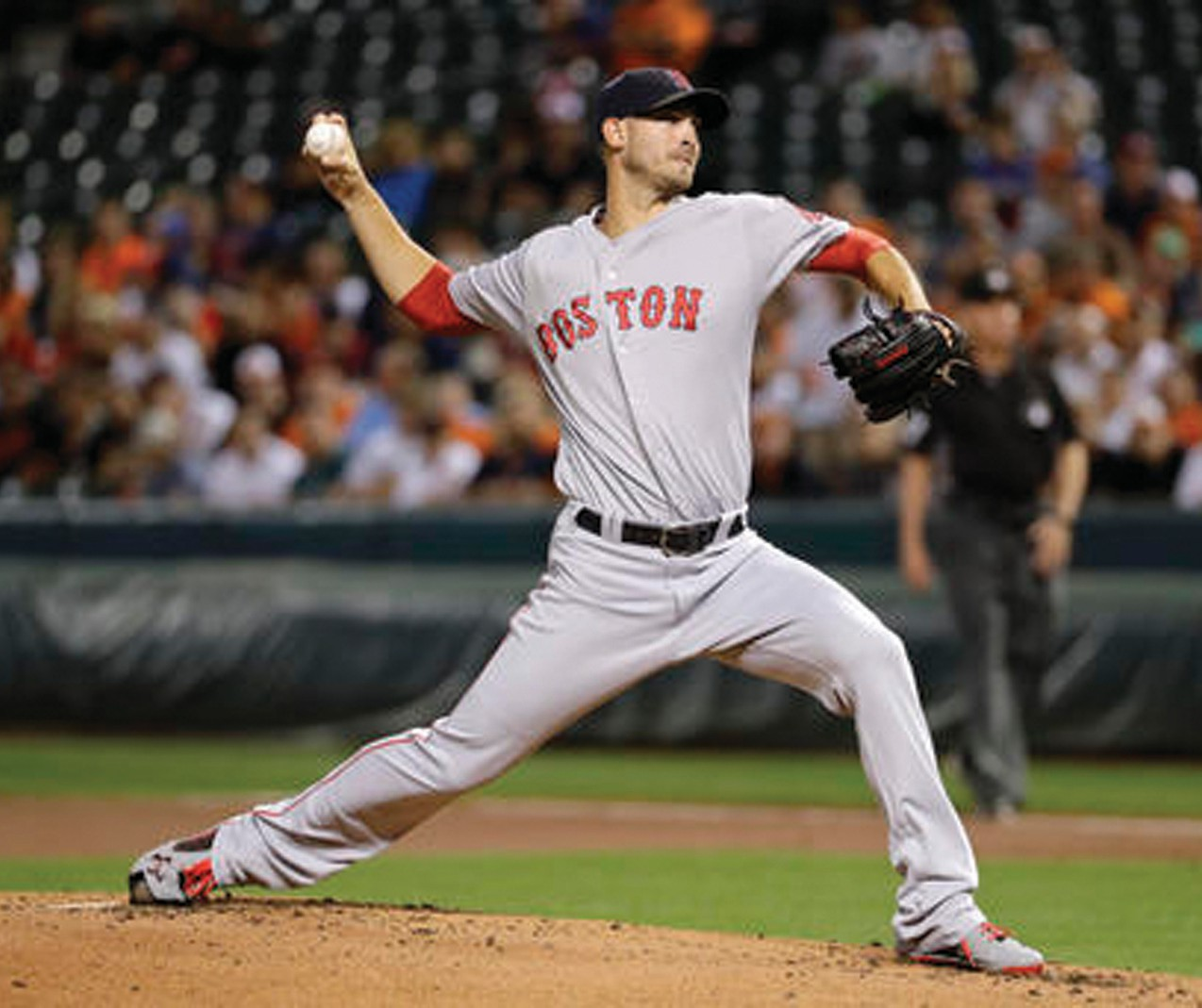 Boston Red Sox starting pitcher Rick Porcello throws to the Baltimore Orioles in the first inning of a baseball game in Baltimore, Monday, Sept. 19, 2016.
