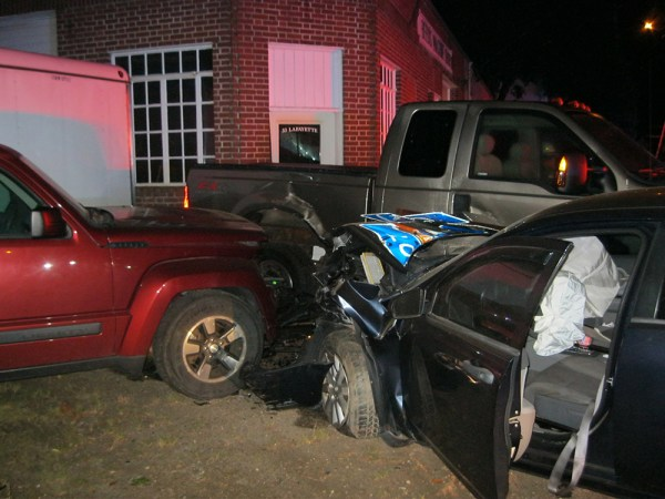 High-speed chase ends with dramatic crash in Yarmouth ...