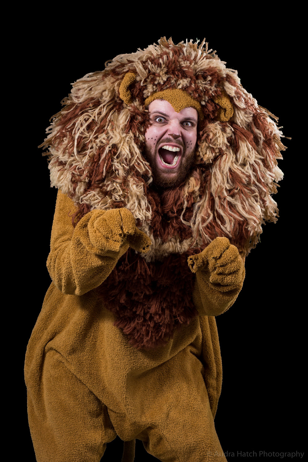 Schuyler White as Cowardly Lion in City Theater's production of