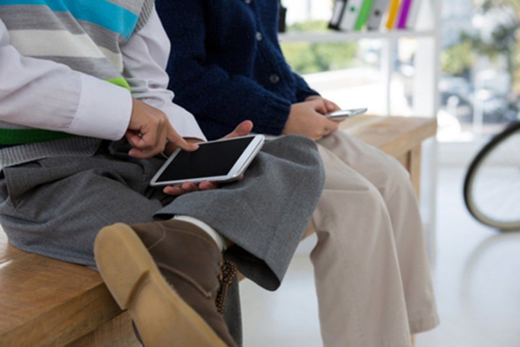Researchers say there may be a connection between smartphone use and self-esteem among teenagers.