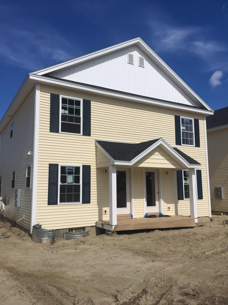 The three Sea Pointe duplexes offer a location very handy to beaches, intown Saco, and major roadways.