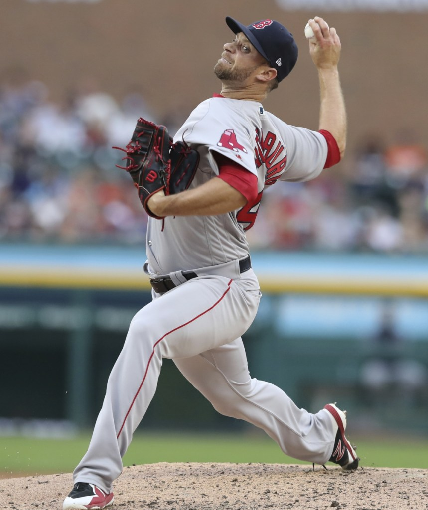 Relief pitcher Tyler Thornburg agreed to a one-year deal worth $1.75 million to remain with the Boston Red Sox.