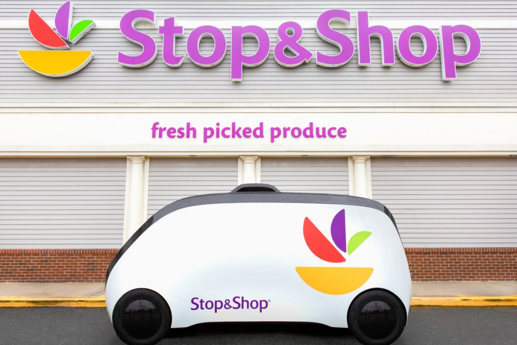 Robomart announced a new partnership with grocery store chain Stop & Shop and plans to begin operations in the Greater Boston area this spring.