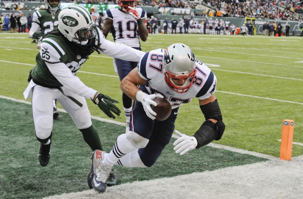 New England Patriots tight end Rob Gronkowski finishes his career with NFL postseason records for receptions (81) and touchdowns (12) by a tight end.