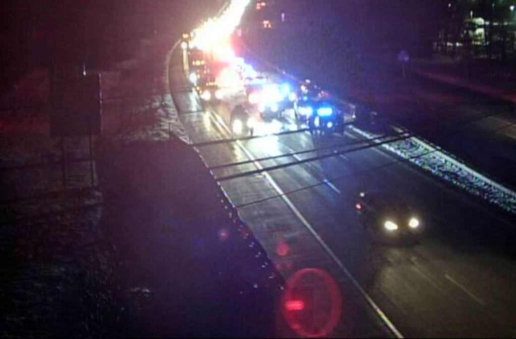 Crash forces state police to close part of Maine Turnpike in