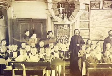 Как русскую школу отлучали от Церкви