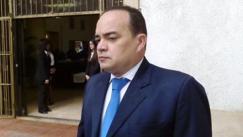 Presidente electo Colegio Abogados auditará finanzas del gremio;  no descarta acciones legales