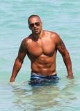 Shemar-Moore-le-30-juin-2012-a-Miami_portrait_w674