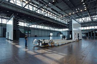 Leipziger Messe Halle:Eins Deutschland ELAN TransFlex mobille Teleskop-TribünenELAN Standworks