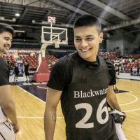 Rayver Cruz, Ronnie Alonte show off basketball skills at Blackwater tune-up event