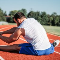 5 simple stretches every runner must do every day