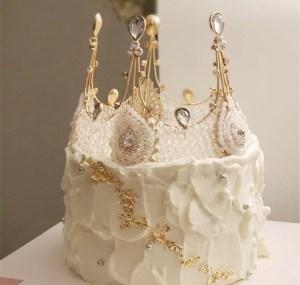 custom cakes 39