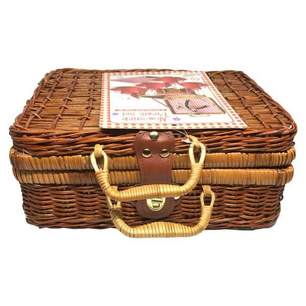 non-stick-picnic-set-toy-1