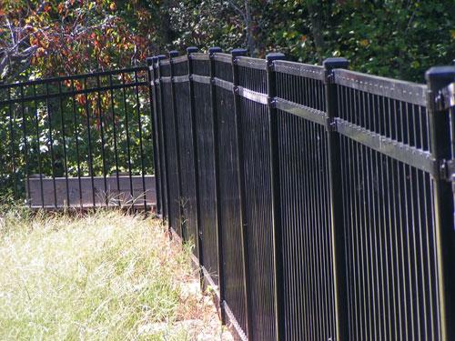 Aluminum-fencing