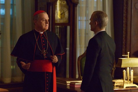 "THE STRAIN -- ""Intruders"" -- Episode 208 (Airs August 30, 10:00 pm e/p) Pictured: (l-r) Tom Kemp as Cardinal Macnamara, Richard Sammel as Thomas Eichhorst. CR: Michael Gibson/FX"