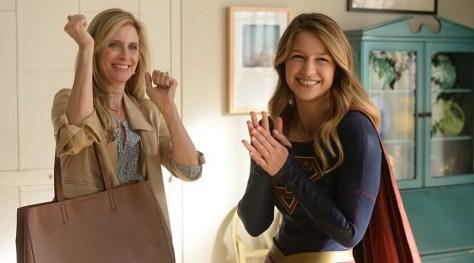 !Supergirls unite