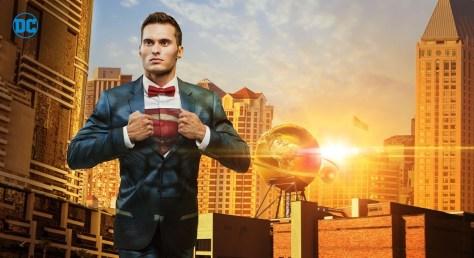 superman-suit-alter-ego