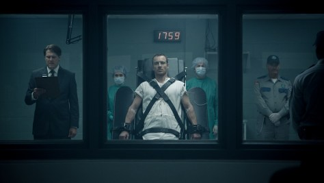 two-behind-the-scenes-featurettes-on-assassins-creed-header