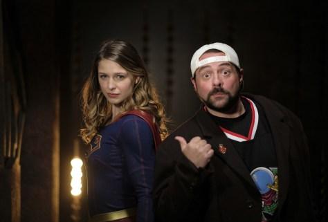 supergirl-lives-03