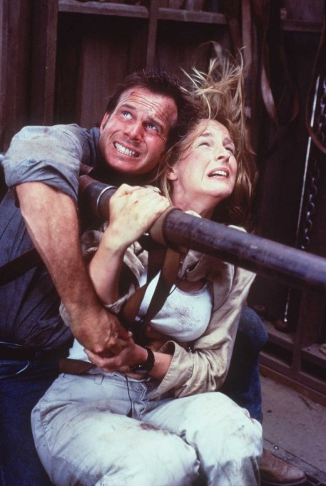 helen-hunt-and-bill-paxton-in-twister-1996