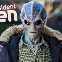 """בא לשכונה בחור חדש -ביקורת על עונה 1 של """"Resident Alien"""""""