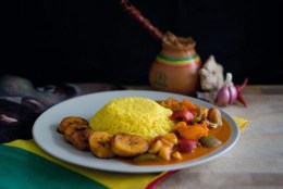 Rezept SPECIAL: Erdnusseintopf mit frittierten Kochbananen