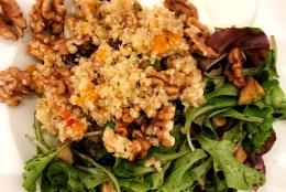 Gesunder Frühlingsgruß: Quinoa mit Schwarzem Rettich und Kürbis