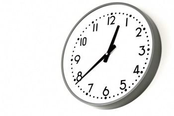 時間を軽視しすぎる日本社会~遅刻に厳しく終業時間にルーズな理由~
