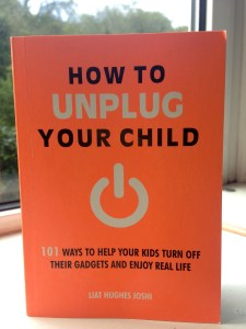how to unplugged your child, activities for families to help encourage some screen free time