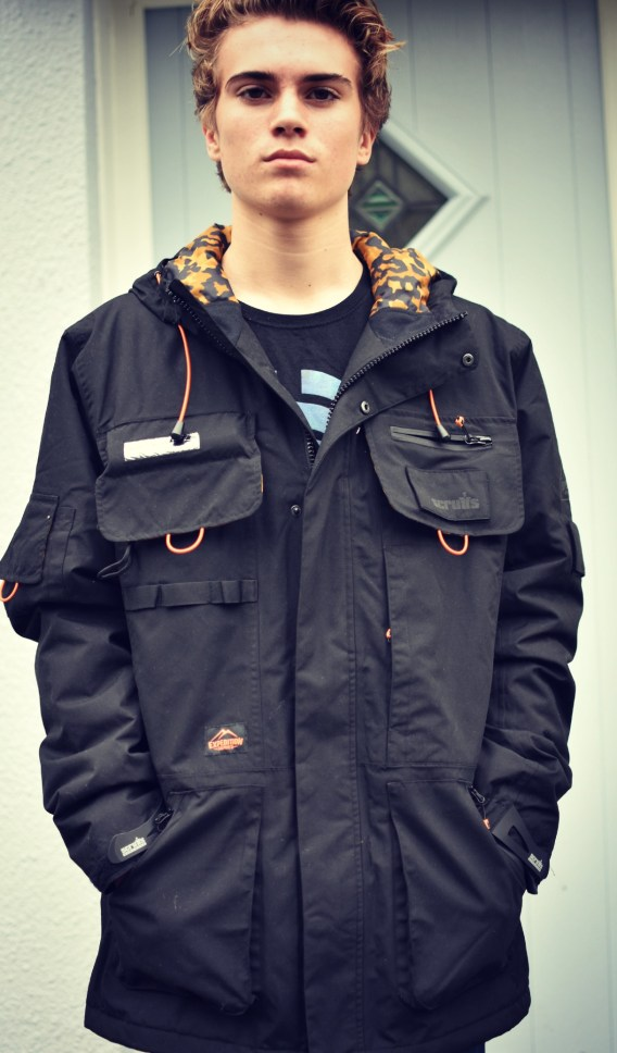 A review of the men's Expedition Tech jacket from Scruffs workwear.