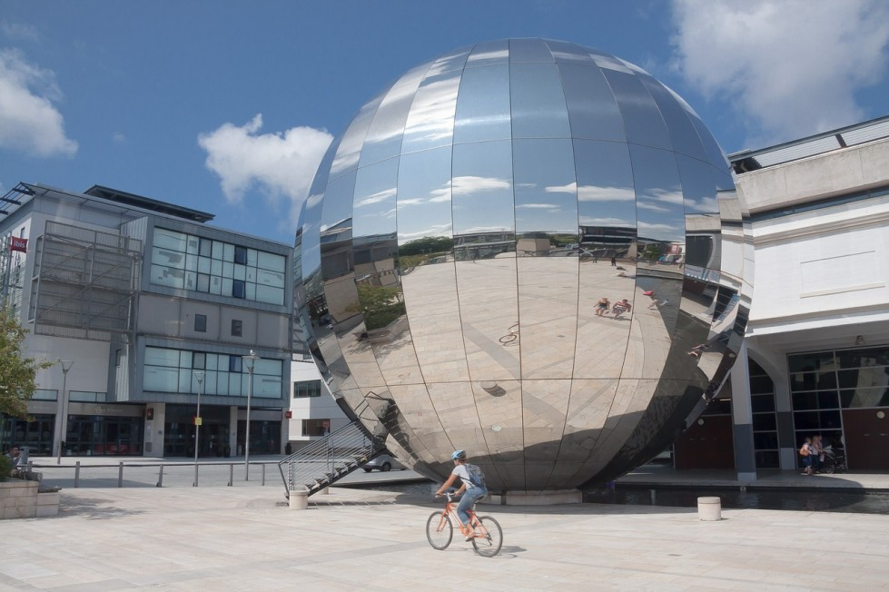 planning a staycation in Bristol? here's a handy guide on where to go;