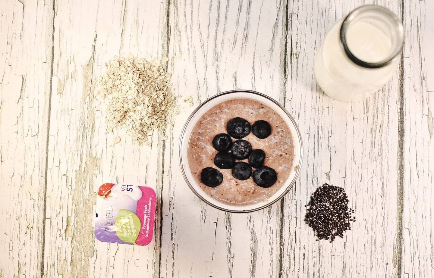 why not make these kid friendly over night oats to help with the morning rush? They super easy and a really healthy breakfast