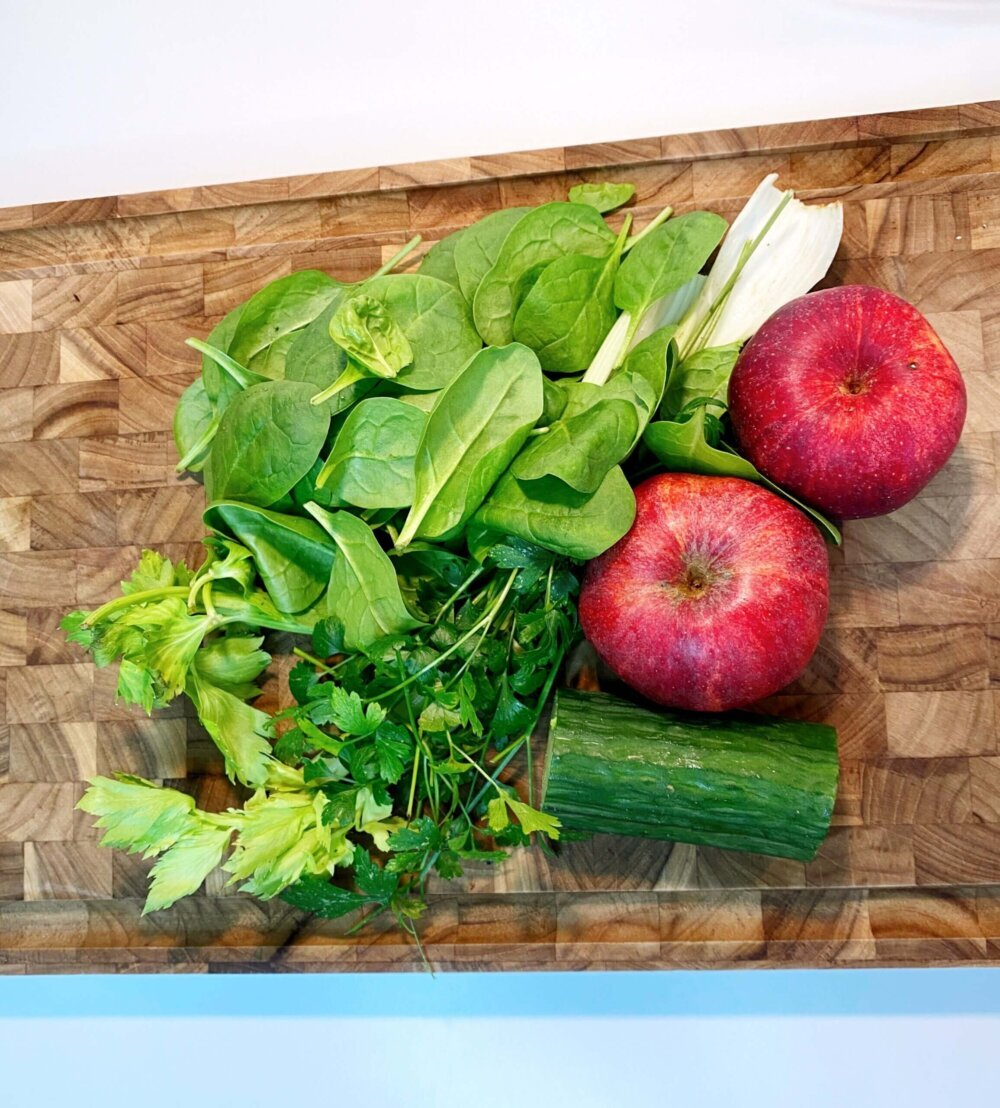 Fruits and vegetales on a chopping board