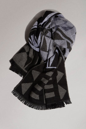 Topshop monochrome woven blanket scarf £22