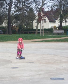 #CountryKids – Scooter fun at Letchworth