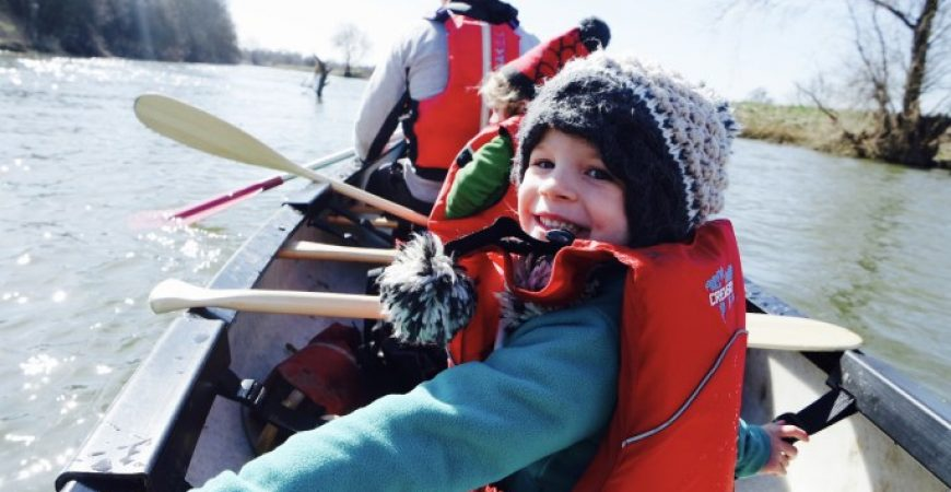 Family fun on a two man canoe #ChillSeekingFamily