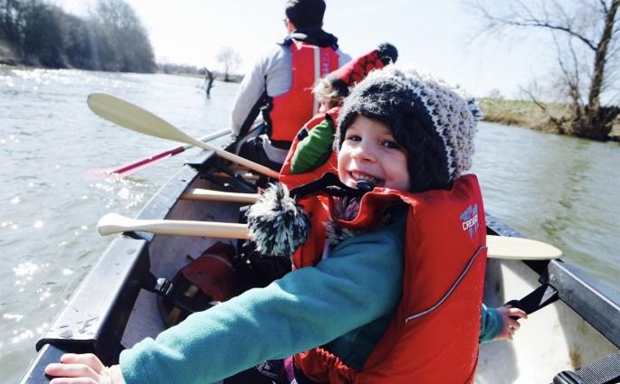Family fun on a two man canoe #ChillSeekingFamily