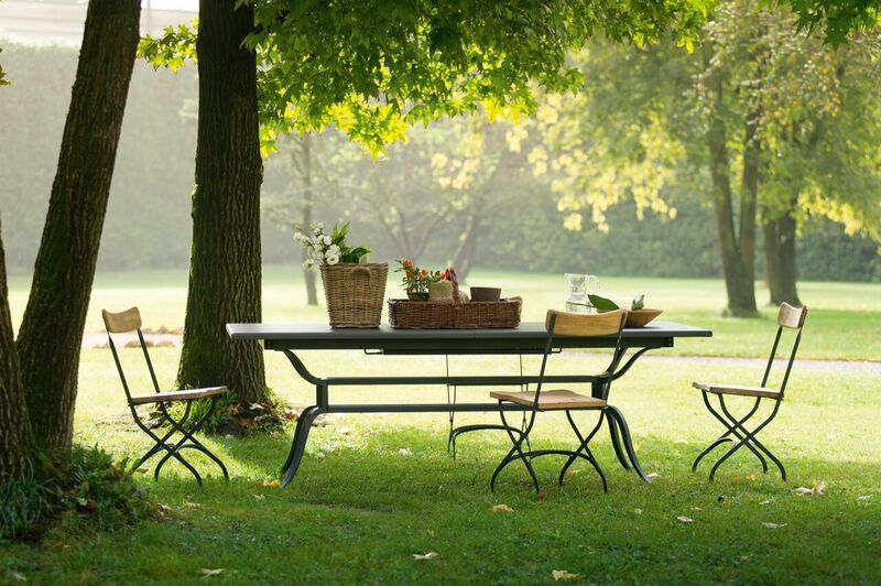 5 top outdoor furniture items to cherish in your garden