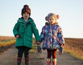 3 Ways to find excellent deals on children's accessories