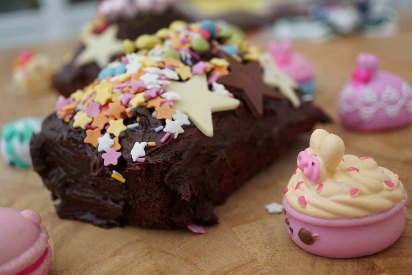 A Num Noms kind of Chocolate Cake #Nationalchocolatecakeday