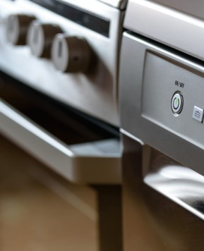 Tips to help mothers decide whether to repair or replace appliances