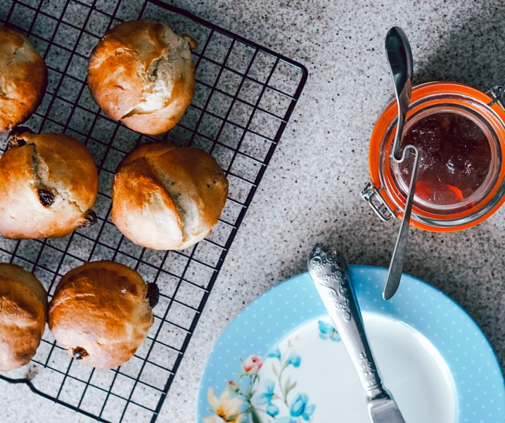 An easy family fruit scone recipe with Tala
